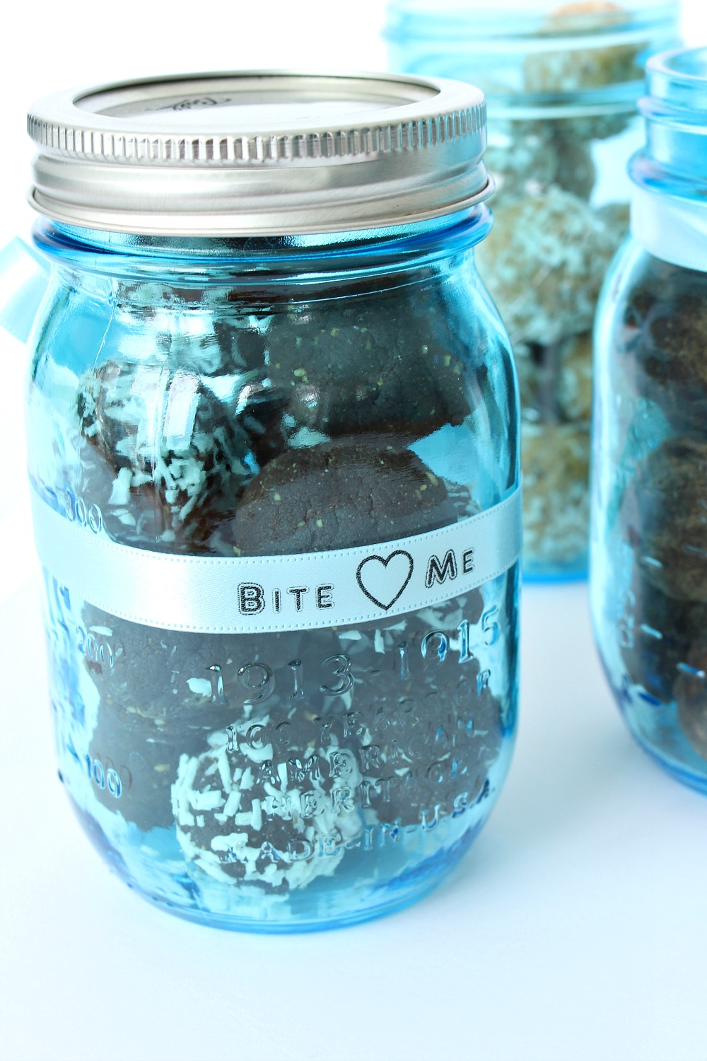 Ideas for Packaging Baked Goods for Sale or as Gifts