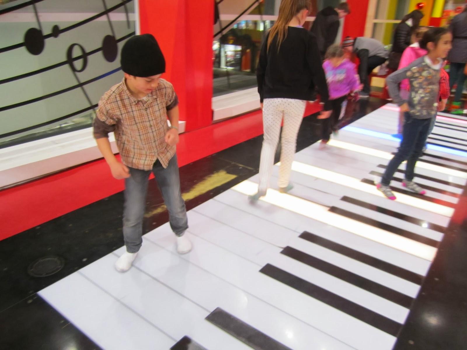 big piano, new york city,
