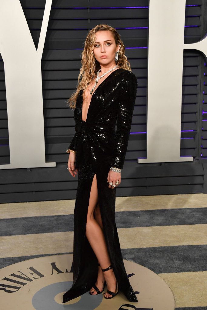 Miley on the red carpet at Vanity Fair's Oscar After Party tonight