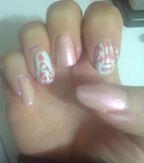 a_pink_christmas_nail_art
