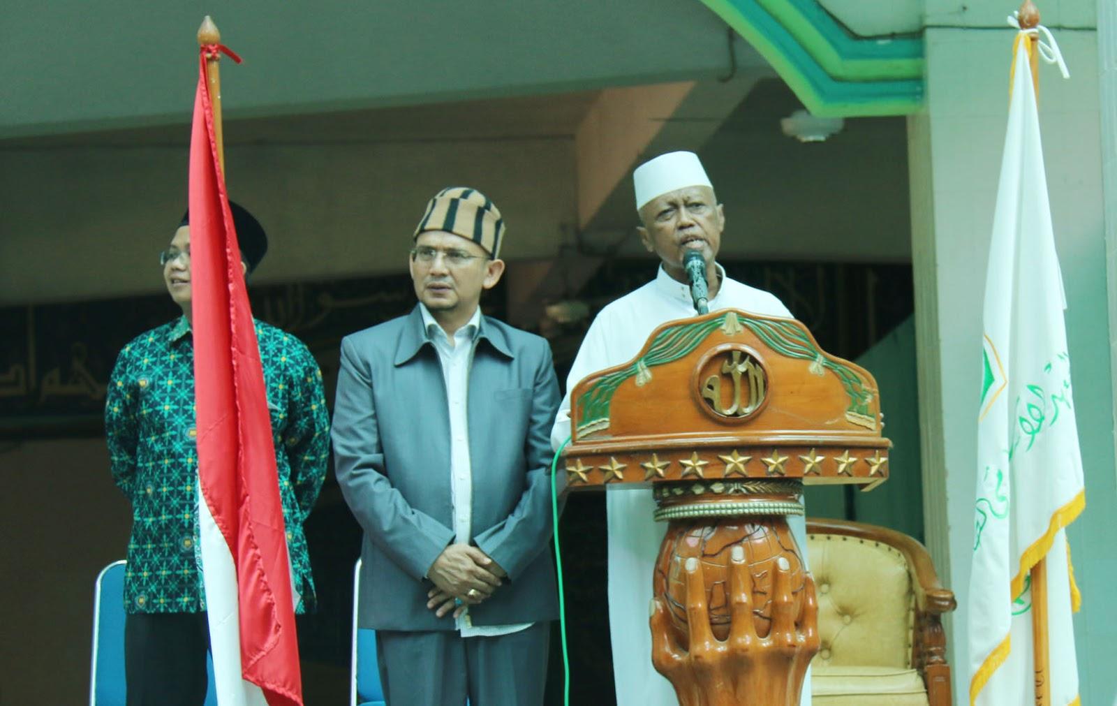 DR. KH. Noer Muhammad Iskandar, SQ