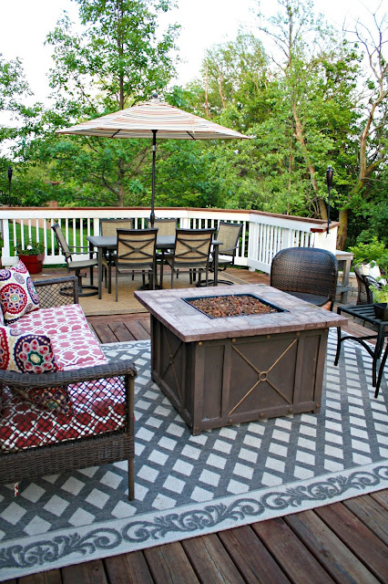 deck seating areas