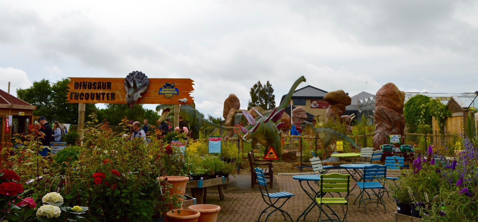 A Guide to The Best Family Days Out in the North East including Dinosaur Golf at Heighley Gate Garden Centre
