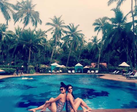 mouni roy bikini swimming pool pic