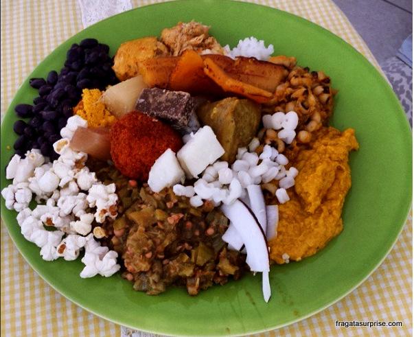 Prato de caruru, tradição africana na Bahia