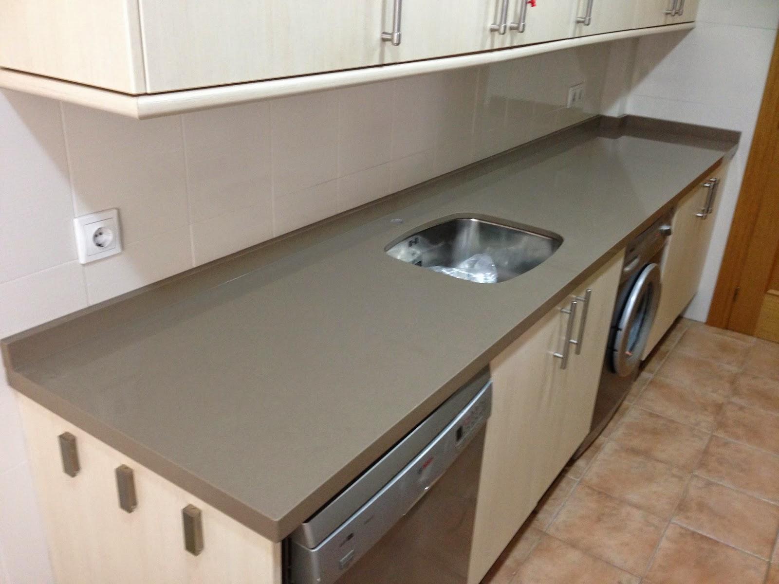 Encimeras de cocina trabajos en piedra decoraci n y for Encimeras de cocina