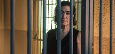 O Sétimo Guardião: Presa, Valentina é  humilhada e obrigada a beber água da torneira