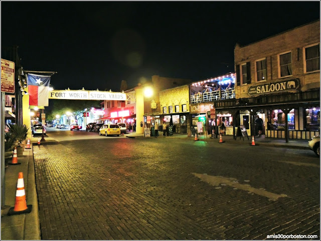 Fort Worth Stockyards: Salones y Bares
