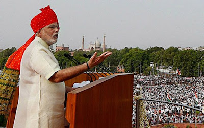 कश्मीर और तीन से लेकर कालेधन तक मोदी ने दिए ये 5 संकेत