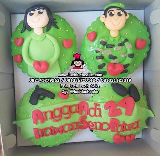 Cupcake Ulang Tahun Tema Tentara (FONDANT 2D)