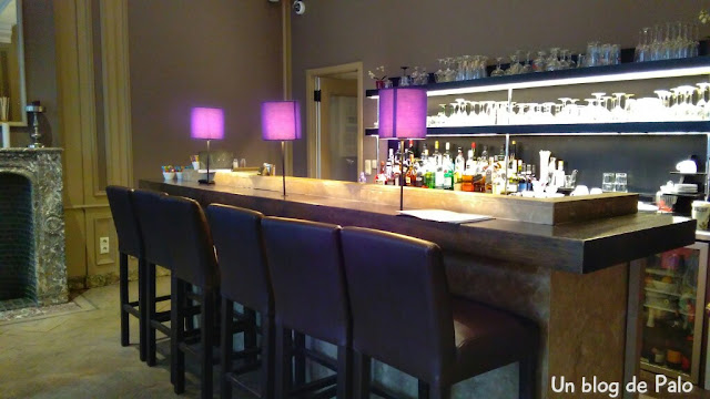 Hotel De Flandre bar
