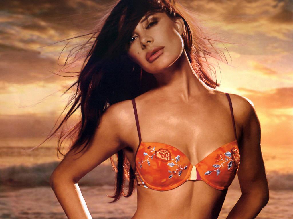 Hollywood actress Xenia Seeberg in hot bikini photos - The Hollywood Actress