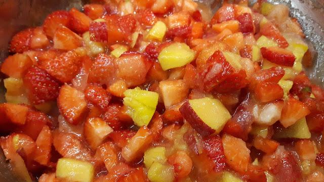 Erdbeer-Pfirsichmarmelade kochen