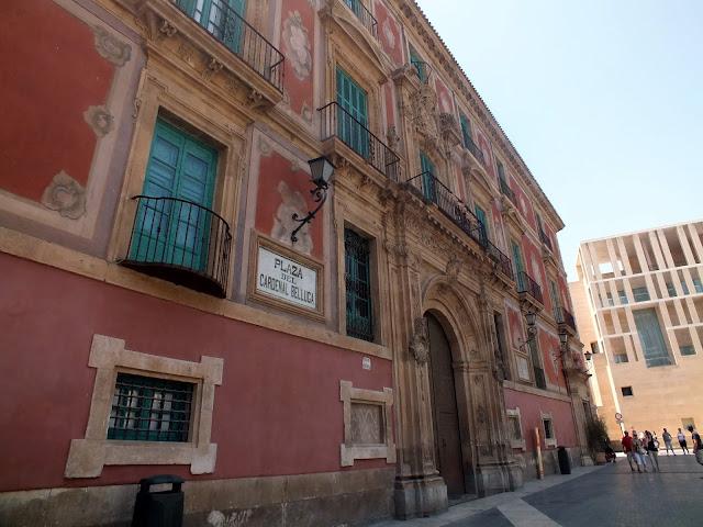 edificios bonitos de Murcia capital