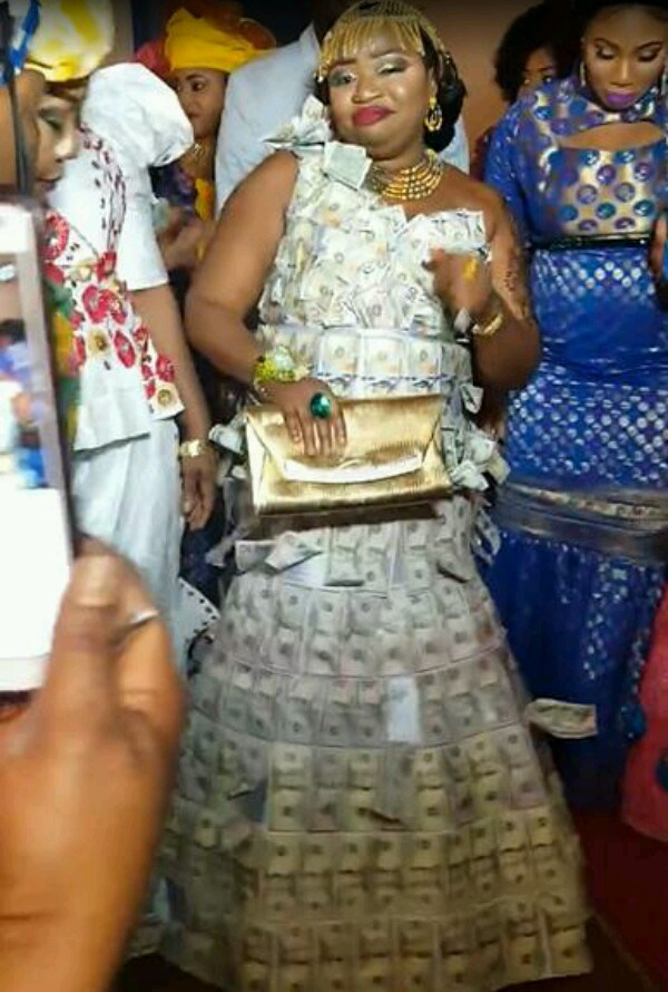 Recession? Lady Rocks Dress Made Of Money To An Event (See Photo)