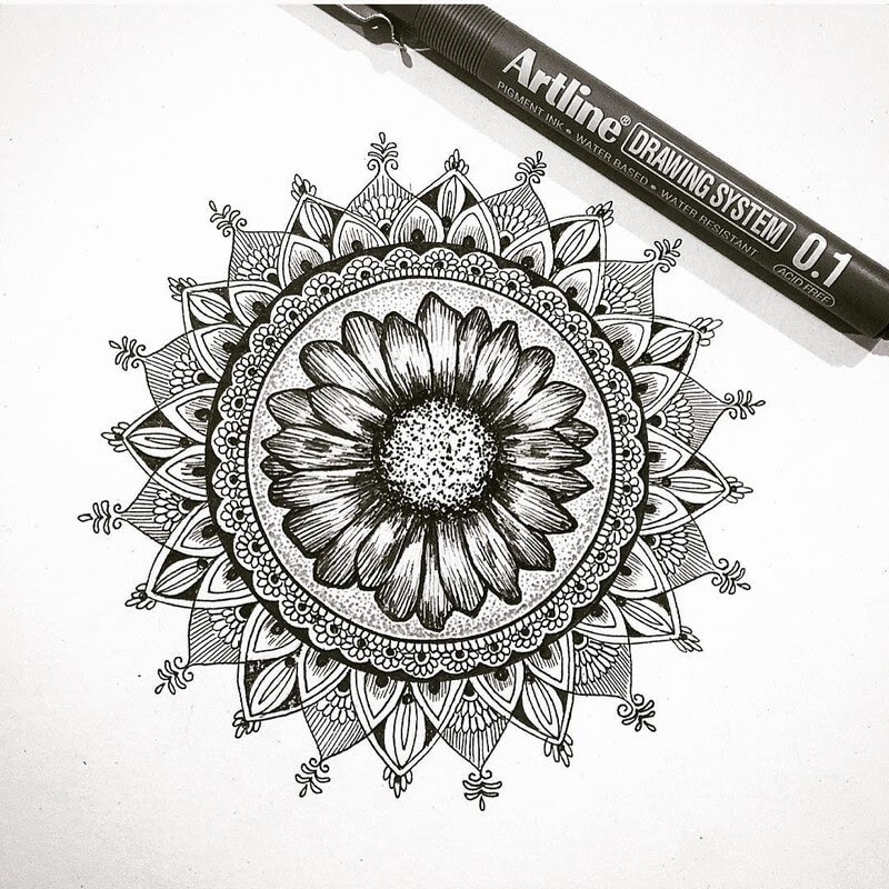 10-Eszter-Luca-Stippling-Ink-Mandala-Designs-www-designstack-co