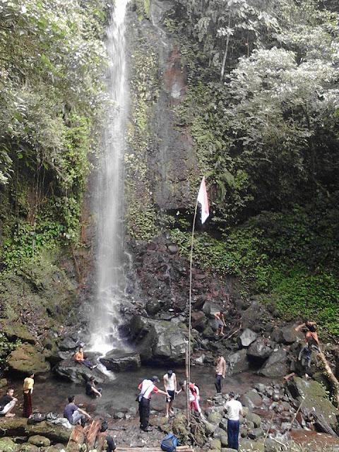 17 Daerah Destinasi Wisata Pemandian Alam Sumatera Barat