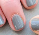 https://www.etsy.com/listing/175187674/grey-hand-painted-fake-nails?ref=shop_home_active_9
