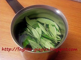 Φάρμακο από φύλλα ελιάς για το κρυολόγημα και την γρίπη - από «Τα φαγητά της γιαγιάς»