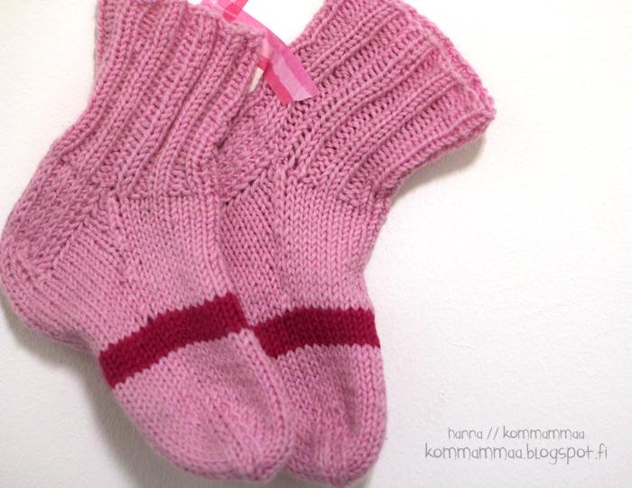 pinkit villasukat mummilta pojalle pinkkivaihe
