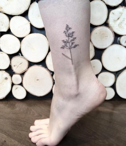 Esta mão picado árvore