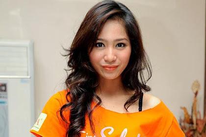 Profil dan Foto Bunga Zainal, Merintis Karir di Bisnis