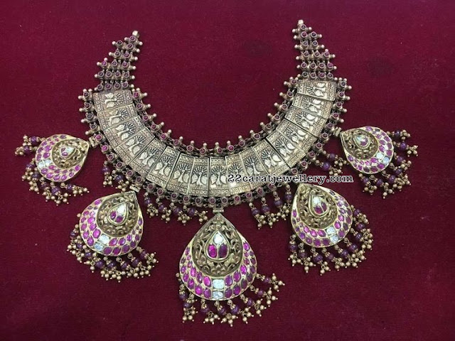 Heavy Antique Peacock Choker with Kundan