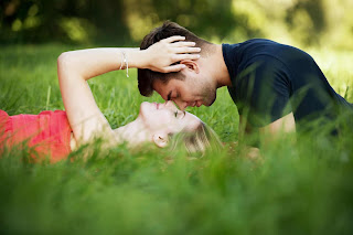 Top 20 Latest collection shayari on love in hindi