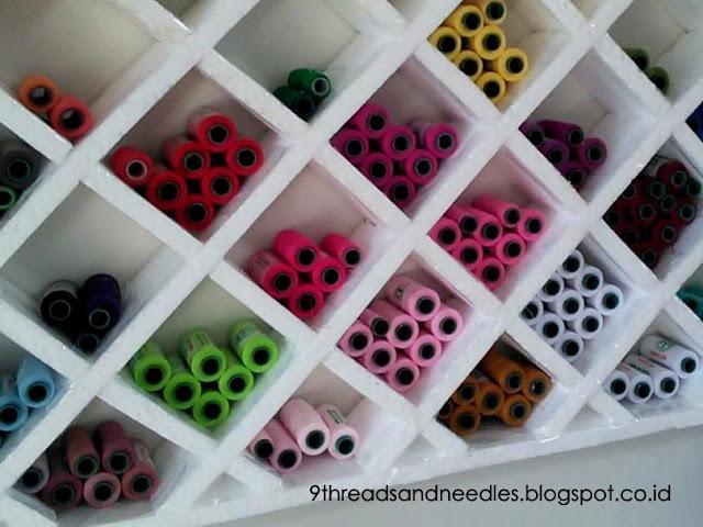 threads organizer