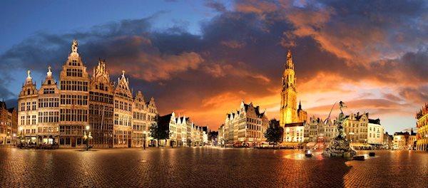 Pour votre voyage Anvers, comparez et trouvez un hôtel au meilleur prix.  Le Comparateur d'hôtel regroupe tous les hotels Anvers et vous présente une vue synthétique de l'ensemble des chambres d'hotels disponibles. Pensez à utiliser les filtres disponibles pour la recherche de votre hébergement séjour Anvers sur Comparateur d'hôtel, cela vous permettra de connaitre instantanément la catégorie et les services de l'hôtel (internet, piscine, air conditionné, restaurant...)