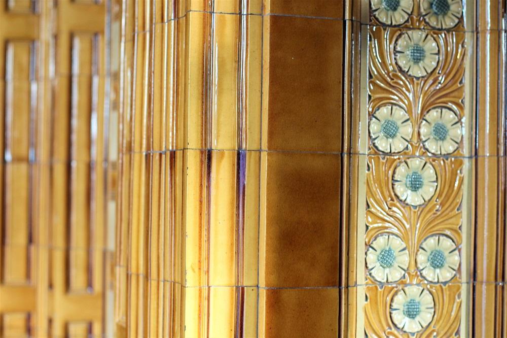 Vintage tiles, Manchester weekend - UK travel blog