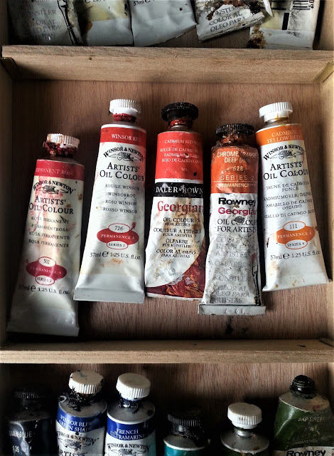 Old oil paints - still usable.