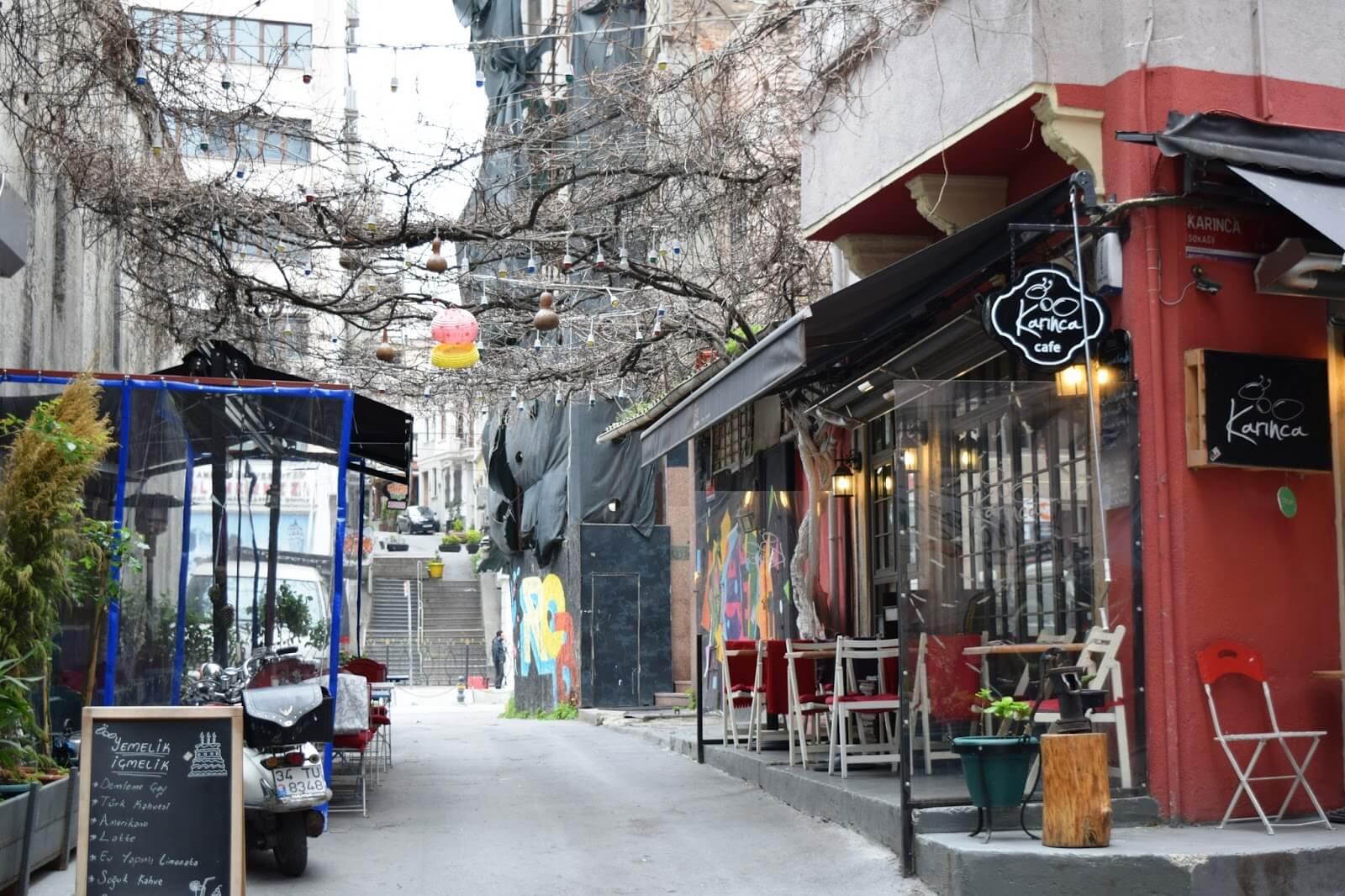 Karınca Cafe Karaköy