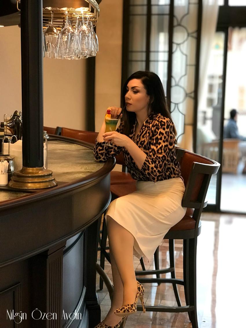 alışveriş-moderya-moda blogu-Antalya Belek-Leopar Desen Kruvaze Bluz