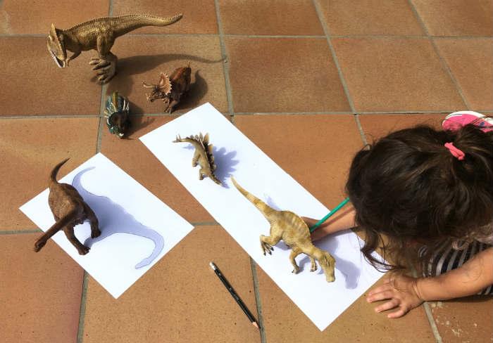 motricidad fina reseguir sombra dinosaurios actividad infantil