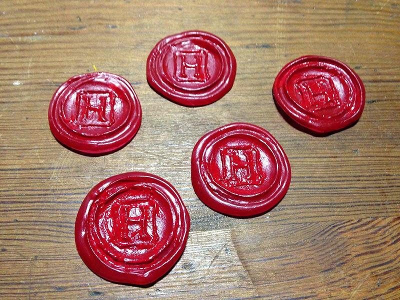 Seals painted red