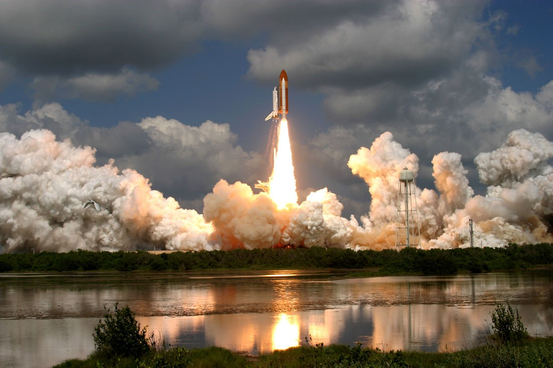 space shuttle launch from station - photo #23