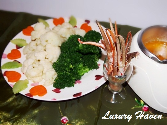 oceana seafood river prawns valentines day fondue