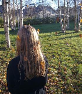 Kati, syksy, lokakuu, tyttö