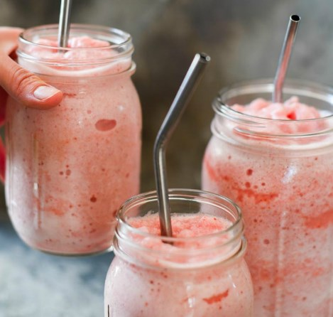 Frosted Strawberry Lemonade – Dairy Free, Sugar Free