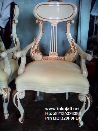 Jual Mebel Jepara,Toko Mebel Jati klasik,Furniture Mebel Jepara code mebel ukir jepara A1122 kursi ukiran biola cat duco,FURNITURE UKIR JEPARA|FURNITURE JATI JEPARA|FURNITURE DUCO JEPARA|FURNITURE KLASIK JEPARA|FURNITURE UKIRAN JEPARA|FURNITURE JATI KLASIK|FURNITURE FRENCH STYLE|FURNITURE  CLASSIC EROPA|FURNITURE CLASSIC FRENCH JEPARA|FURNITURE JEPARA|FURNITURE UKIR JATI|FURNITURE  JEPARA TERBARU|FURNITURE JATI|FURNITURE CLASSIC|FURNITURE DUCO PUTIH MEWAH,FURNITURE KAMAR SET UKIRAN JATI KLASIK JEPARA|FURNITURE RUANG TAMU JATI KLASIK DUCO|FURNITURE DUCO PUTIH|FURNITURE KLASIK GOLD SILVER|FURNITURE JATI COKELAT|FURNITURE FRENCH PUTIH MEWAH|FURNITURE JATI UKIRAN JEPARA