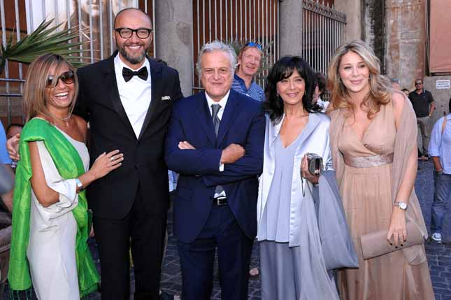 Matrimonio Romano Alberto Angela : Oggi sposi matrimonio pasquale romano del