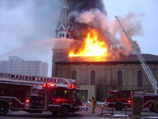 Last Days Of St Raphaels Cathedral >> The Badger Catholic After Madison Cathedral Burned To The Ground By