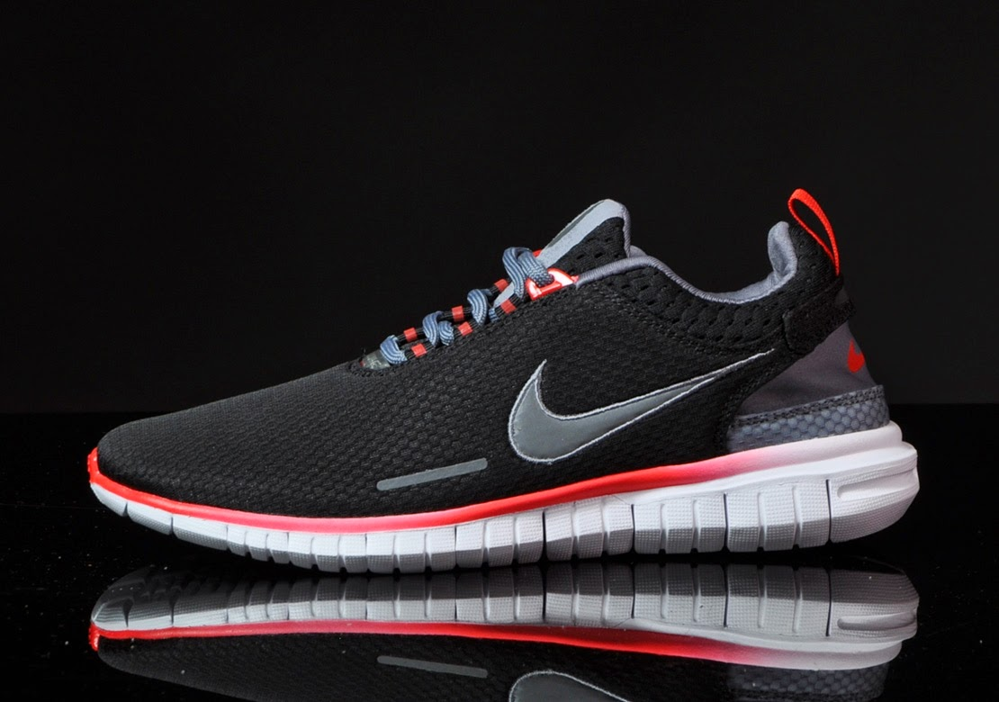 best sneakers 9aa5a 406c0 The Nike Free Superior OG is designed to celebrates the 10th anniversary of  their Free technology. The original Free model returns true to form, ...