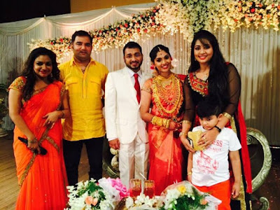 Actress-Muktha-marriage-reception-malayalam-actresses