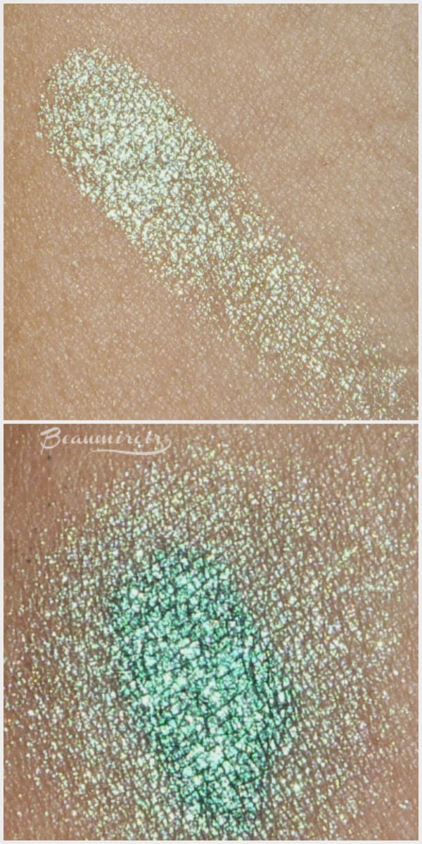 Lancôme Color Design Infinité 24H loose Eyeshadow in shade Enduring Vert. Minty green. Swatch on bare skin and swatch on black base.