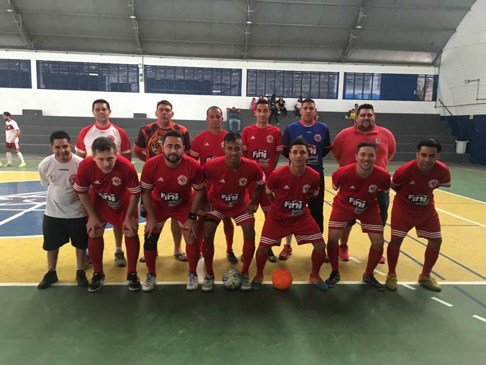 O maior vencedor brasileiro no futsal clássico AMF confirma presença na  competição em Jacareí. dde416851a6f2