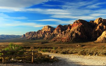 Wallpaper: Desert Road