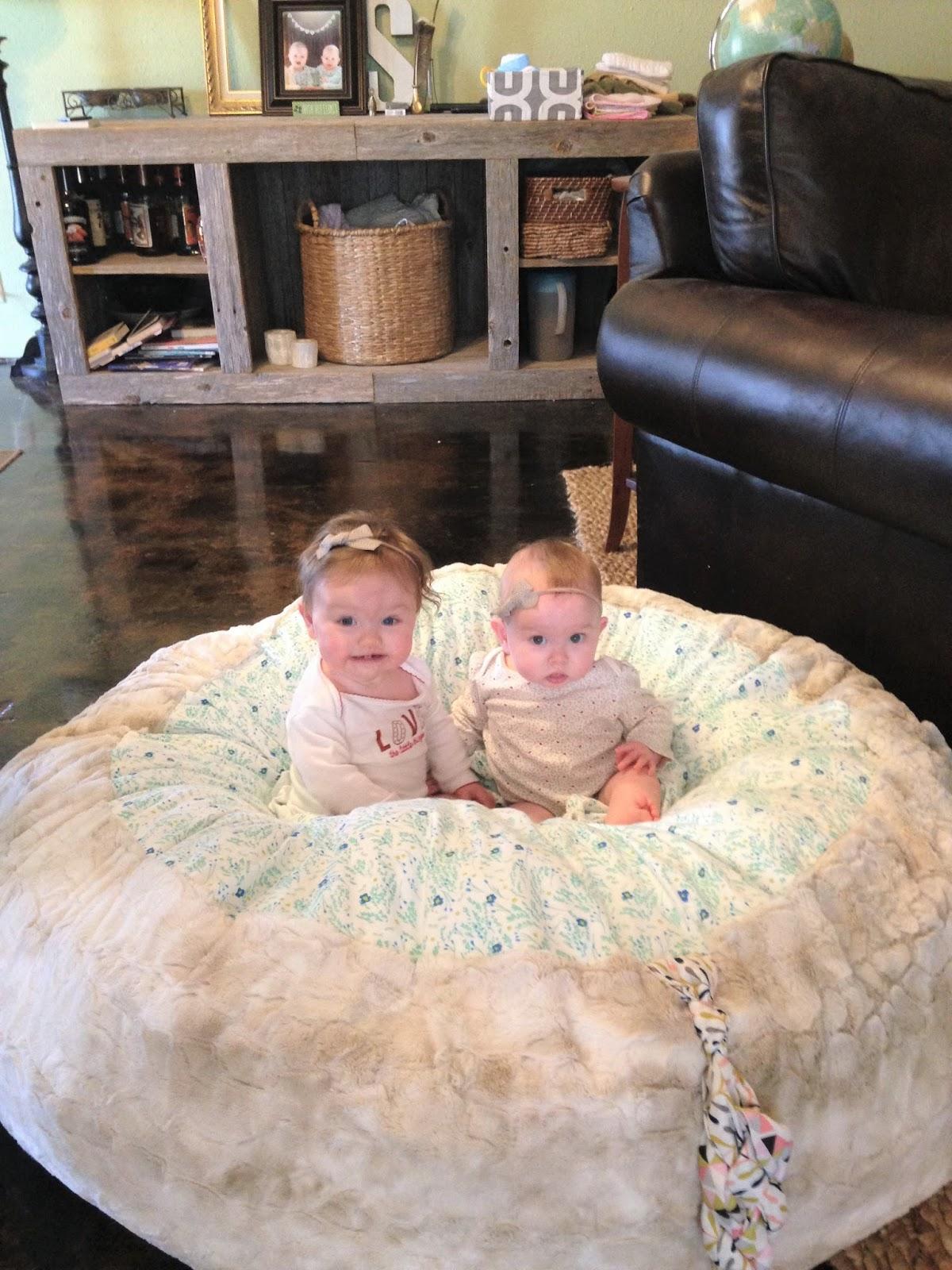 House Homemade: Ginormous Floor Cushion DIY