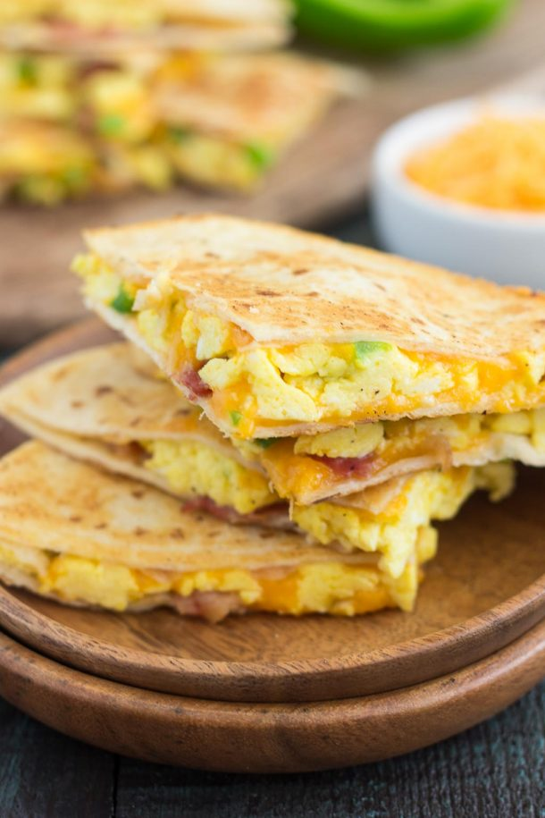 #Recipe : Easy Breakfast Quesadillas
